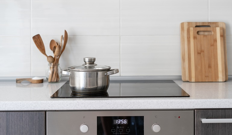 pan on induction hob