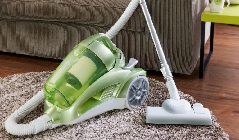caring for vacuum cleaner