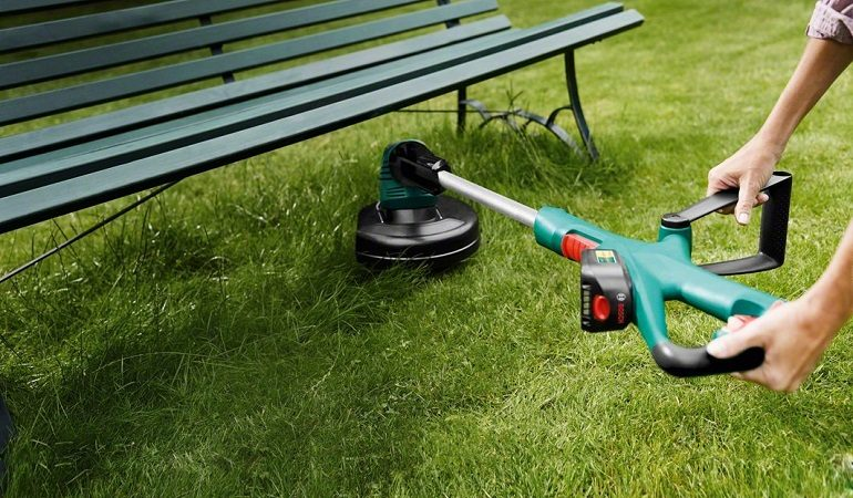 Flymo Contour Cordless Battery Grass Trimmer and Edger 24 V 25 cm