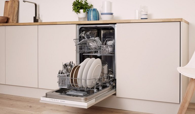 Best Slimline Dishwashers: Integrated & Freestanding Picks of 2021