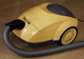5 Options to Dispose of an Old Broken Vacuum Cleaner