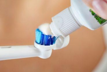 Toothpastes to Use with an Electric Toothbrush?